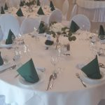 Poročna dekoracija poročne mize.